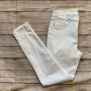 D. Jeans High Waist Skinny Jean Size 6